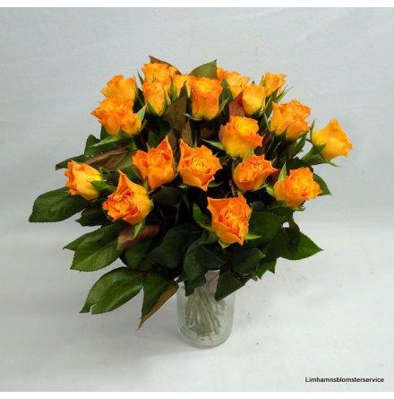 Bukett med orange rosor